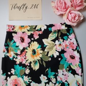 [Hayley Matthews] Floral Pencil Skirt